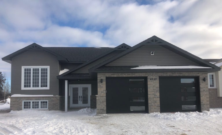 Image of 4250 Larocque Ave